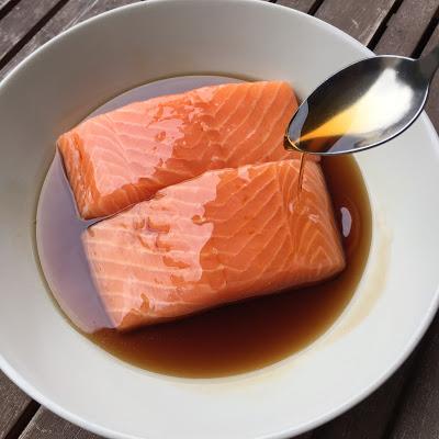 http://gustativement-parlant.fr/2016/03/paves-de-saumon-la-sauce-teriyaki.html